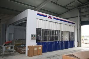 Bau und Installation der gut ausgerüsteten Mulitarbeitsplätze.