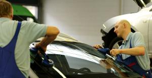 Eine einfache und schnelle Reparatur wird durch uns ausgeführt, damit sie schnell wieder mobil sind.