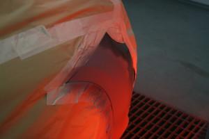Mithilfe unseres IRT Strahlers trocknen wir den Lack schonen und schneller von innen nach außen.