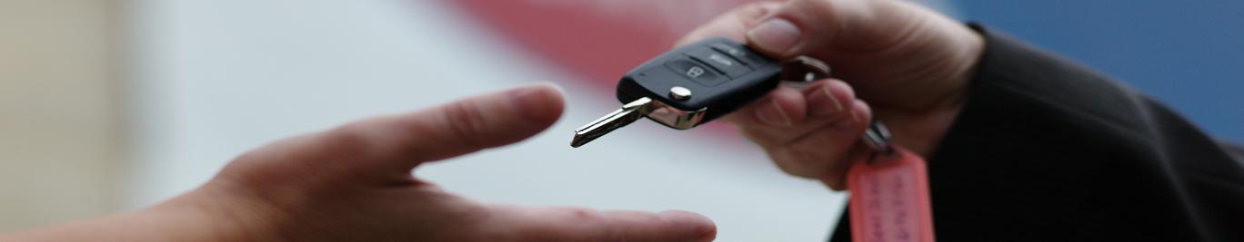 Für die Unfallinstandsetzung können Sie bei uns ein Ersatzfahrzeug bekommen.
